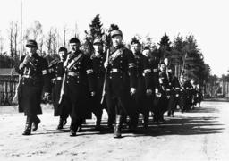 Schlacht um Berlin/Volkssturmmänner... - 'Volkssturm' troops / Berlin / 1945 - Bataille de Berlin, 1945 / Volkssturm...