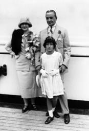 Flo Ziegfield, Billy Burke, Patricia Ziegfield