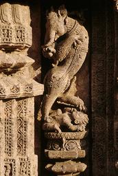 Konarak, Sonnentempel, Yali / Skulptur - Konarak, Sun Temple, Yali / Sculpture - Konarak, temple du Soleil, Yali / Sculpture