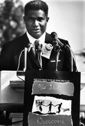 Ossie Davis auf dem March on Washington - Ossie Davis at March on Washington 1963 - Davis, Ossie ; comédien, scénariste, réalisateur et producte