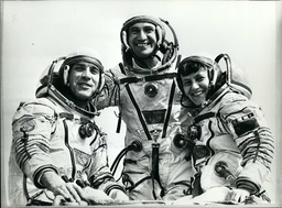 Astronaut / Comets / NASA / Space / Spacecraft / UFO's