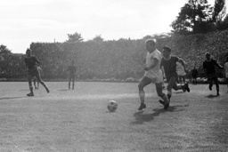 German Soccer League - Season 1963-1964 - 1. FC Saarbruecken - 1. FC Cologne 0-2