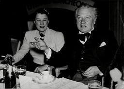 Artist And Writer C.r.w. Nevinson And Actress Beatrice Lillie At Foyles Luncheon Richard Nevinson Christopher Richard Wynne Nevinson (13 August 1889 Oo October 1946) Was A British Figure And Landscape Painter Etcher And Lithographer. He Is Often Refe