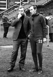 Präsident Günter Siebert FC Schalke 04 mit Trainer Rudi Gutendorf 11 68 HM