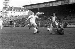 1st matchday of Soccer Bundesliga 1963/64: 1860 Munich - Eintracht Braunschweig 1:1