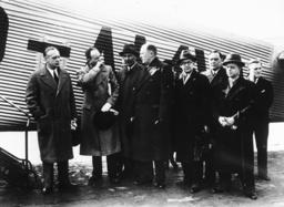 Ribbentrop/Abflug n.London/Völkerbundrat - Ribbentrop /Departure to London / 1936 -