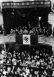 Wiener Staatsoper Ehrenloge 1938 - Staatsoper Vienna / Honorary Box / 1938 - Loge d'honneur à l'opéra de Vienne 1938