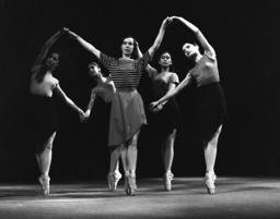 Ballet Das Haus