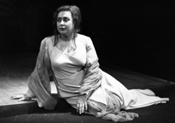 Premiere of operas by Schöneberg in Hannover