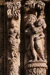 Konarak, Sonnentempel, Liebespaar / Relief - Konarak, Sun Temple / Lovers / Relief - Konarak, temple du Soleil, couple d'amoureux / Relief