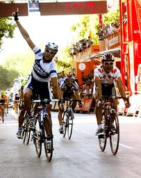 PETTACCHI CLAIMS TOUR OF SPAIN STAGE AHEAD OF ZABEL