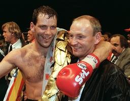 Boxing world championships: Henry Maske defends title