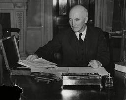 Viscount Simon Sir John Simon With The Budget Box In 1938.