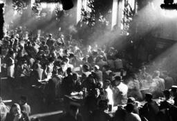 Tapping of the dark beer on 'Salvator Anstich' in Munich, 1936