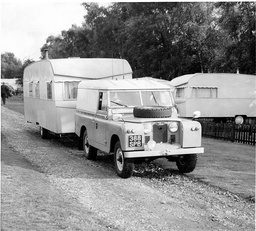 Caravan Found At Clovelly Trailer Park Near Box Hill In Surrey - Ii25 000 In Ii5 Notes Was Discovered Hidden In The Van. The Great Train Robbery - A Ii2.6 Million Train Robbery Committed On 8 August 1963 At Bridego Railway Bridge Ledburn Near Mentmor