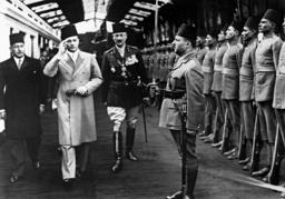 Prinz Faruk von Ägypten, 1937 | Prince Farouk of Egypt, 1937