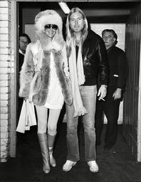 Singer Cher With Her Rock Star Husband Greg Allman. (for Full Caption See Version) Box 684 911051614 A.jpg.