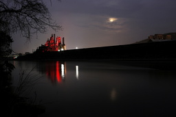 The Wider Image: In the shadow of Bethlehem Steel