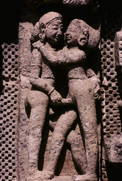 Konarak, Sonnentempel, Liebespaar / Relief - Konarak, Sun Temple, Lovers / Relief - Konarak, temple du Soleil, couple d'amoureux / Relief