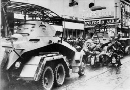 Panzer der Wehrmacht in Prag März 1939 - Tanks of Wehrmacht in Prageu, 1939. -