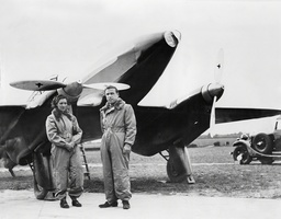 London-melbourne Air Race. Jim Mollison And His Wife Amy (nee: Johnson) And Their Aircraft A Purpose-built De Havilland Dh.88 Comet (black Magic) At Hatfield Yesterday Before Leaving For Mildenhall. They Were Early Leaders In The Race Until Forced To