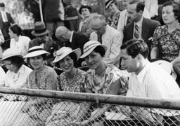 Jüd. Sportwettkampf 1935/Zuschauer /Foto - Jewish sports festival / Spectators/1935 - Rencontre sportive juive / Spectateurs / 1935