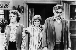 ONE DAY AT A TIME, from left: Nanette Fabray, Bonnie Franklin, Jeff Corey in 'Grandma Leaves Grandpa