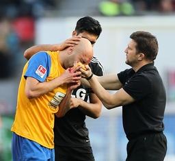 Emre Can Bayer Leverkusen entschuldigt sich bei Damir Vrancic Eintracht Braunschweig für sein Fp