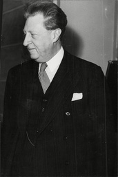 Sir Osbert Sitwell 5th Bt Writer Poet Sir Francis Osbert Sacheverell Sitwell 5th Baronet (6 December 1892 Oo 4 May 1969) Was An English Writer. His Elder Sister Was Edith Sitwell And His Younger Brother Was Sacheverell Sitwell; Like Them He Devoted H
