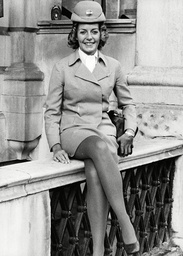 Patricia Hurl English Girl Stewardess With Pan Am Jumbo Jet (boeing 747). Box 647 701121547 A.jpg.
