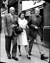 L-r The Director George Abbott Actress Joan Bennett And Actor Fred Clark In London