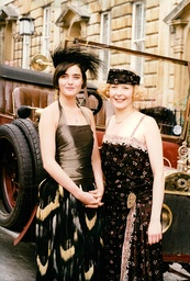 Tv Programme: The House Of Eliott. L-r: Louise Lombard And Stella Gonet. (for Full Caption See Version) Box 645 126111511 A.jpg.