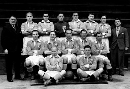 Football Club Groups Blackpool Fc 1948. Fa Cup Finalists Group. Back Row L-r: Ron Suart Eddie Shimwell Joseph Robinson L Eric Hayward Geo W Dick Hugh T Kelly J Lynas (trainer). Second Row L-r: J Smith Stanley Matthews Stan Mortensen Harry Johnston (c