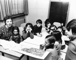 Foreign children learn German easily