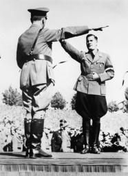 Schirach mit Hitler/Reichsparteitag 1936 - Schirach and Hitler / Rally 1936 -