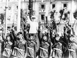 Benito Mussolini, 1939