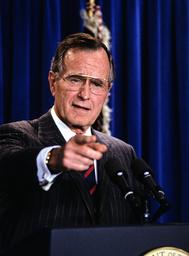 Bush Names Skinner Chief of Staff