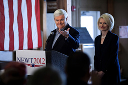 Gingrich Campaigns One Day Before Iowa Caucuses