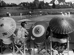 Umbrella Fashion, 1925