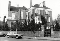 Woodland House In Holland Park London The Home Of Michael Winner.