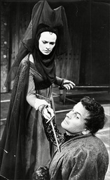 Richard Iii At Stratford On Avon Ian Holm (richard)and Janet Suzman (lady Anne)