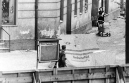 Escape tunnel discovered in East Berlin - 1963
