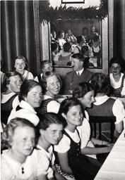 Hitler in Innsbruck 1938