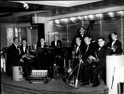 Charlie Kunz And The Casani Club Orchestra - Kunz (died 3/58) Popular Musician During The British Dance Band Era.