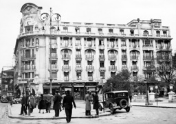 Hotel Athenee Palace in the center of Bucharest