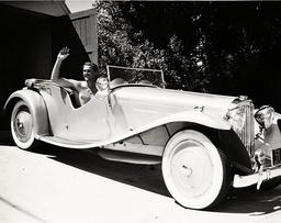 Errol Flynn - 1937