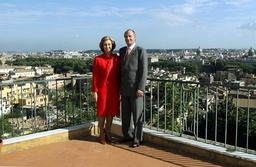 SPANISH ROYALS POSE WITH A BACKDROP OF THE CITY OF ROME