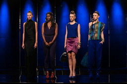 PROJECT RUNWAY, Kimberly Goldson (2nd from left) with models, 'Finale, Part One of Two', (Season 9,