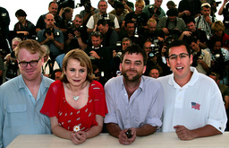 CAPTION CORRECTION AMERICAN DIRECTOR PAUL THOMAS ANDERSON POSE WITH ACTORS DURING A PHOTOCALL IN CANNES
