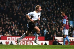 Soccer - FA Barclays Premiership - Aston Villa v Manchester United - Villa Park